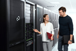 Lifestyle Pictures Datacenter - Server & Storage